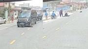 Nam Định: Xe limousine kéo lê xe máy hàng chục mét, 1 người chết