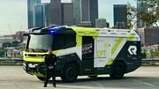 Xe cứu hỏa triệu USD chạy bằng điện đầu tiên trên thế giới