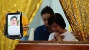Vợ NSƯT Chánh Tín khóc nức nở bên linh cữu chồng