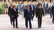 Thủ tướng viếng 3 chiến sỹ công an hy sinh tại Đồng Tâm