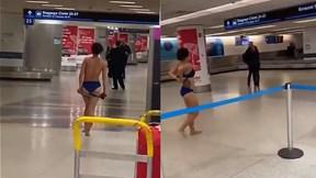 Mỹ: Nửa đêm, cô gái vừa đi vừa lột sạch quần áo giữa sân bay