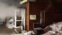 Nga: Nổ đường ống nước nóng, nước sôi tràn ngập khách sạn, 5 người chết