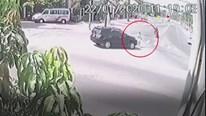 Đang đi bộ sang đường, người đàn ông bị ô tô đâm tử vong