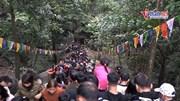 Chưa khai hội Chùa Hương đã đông nghẹt khách