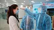 Cao ốc Hà Nội đo thân nhiệt từng khách, phun khử trùng 2h/lần phòng nCoV