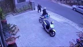 Đà Lạt: Bẻ khóa, trộm xe máy giữa trưa ngay trước cửa khách sạn