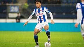 Văn Hậu chấn thương nặng trong trận Jong Heereveen thắng 9-1