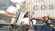 Xe tải tông đuôi container, 3 người chết