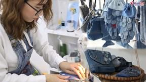 Giải cứu quần jean: 'Rác thải' thời trang lột xác ngoạn mục không thể ngờ