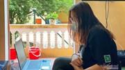 Cô gái biến 14 ngày cách ly thành thời gian dạy Tiếng Anh miễn phí