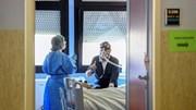 Covid-19: Bệnh nhân số 1 ở Italia xuất viện, nói về việc 'chết đi sống lại'