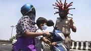 Ấn Độ: Cảnh sát đội mũ corona tác nghiệp, dân lũ lượt dắt dê, bò về quê