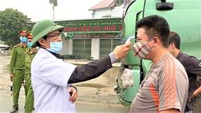 Hà Nội xuyên đêm lập 30 chốt kiểm soát các cửa ngõ Thủ đô