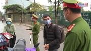 Hà Nội: Ra đường không lý do thuyết phục, một phụ nữ bị 'mời' quay về nhà