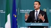 Thủ tướng Ireland xung phong làm bác sĩ, cùng tuyến đầu chống Covid-19
