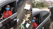 Nữ tài xế đỗ xe ngược chiều, xả rác bừa bãi còn mắng người nhắc nhở