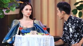 Hương Giang thẹn thùng khi bất ngờ được trò cũ tỏ tình trên truyền hình