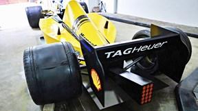 Thanh niên Hà Nội chi 50 triệu tự làm 'xe đua F1' trong 2 tuần