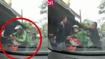 Tài xế xe công nghệ bị đấm liên tiếp vì đổi ý không nhường đường ô tô