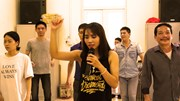Cô gái thắp 'ánh sáng' ở lớp học nhảy của người khiếm thị