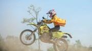 Xem xe máy 'bay lượn' trên đường đua địa hình đầu tiên ở Hà Nội