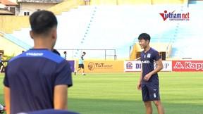 Xuân Trường 'tái xuất', tự tin luyện tập trước trận gặp Hà Nội