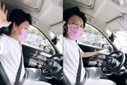 Quang Trung buông tay khỏi vô lăng khi đang tham gia giao thông