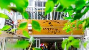 Khi các bác sĩ đi bán cafe, đem hy vọng cho các bệnh nhân vùng cao