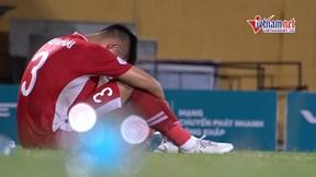Quế Ngọc Hải gục mặt trên sân sau trận thua 1-2 trước Thanh Hoá