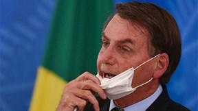 Có dấu hiệu nhiễm virus, TT Brazil lại đi xét nghiệm Covid-19