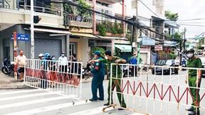 Bệnh nhân 595 đi lại phức tạp, Biên Hòa phong tỏa cả khu phố