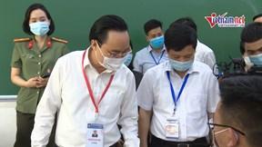 Bộ trưởng Phùng Xuân Nhạ kiểm tra trước 'giờ G' kỳ thi tốt nghiệp THPT