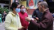 Người dân vỡ òa khi tìm được tro cốt thân nhân tại chùa Kỳ Quang 2