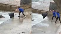 Làm rõ vụ nhân viên quán cà phê ném từng bọc rác xuống biển gây bức xúc