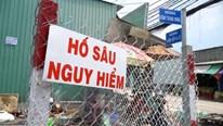 Diễn biến mới vụ thanh niên đi xe máy lọt hố nước sâu 3m ở Bình Chánh