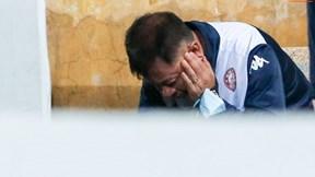 HLV trưởng TPHCM 'phát ốm' sau trận thua Hà Nội, vội xem lại tình huống 11m