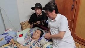 Đàm Vĩnh Hưng, Vũ Hà tặng tiền giúp DV Hoàng Lan phẫu thuật hoại tử da