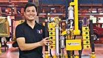 Tay máy make in Vietnam đầu tiên 'nâng đỡ' thương hiệu ngoại