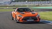 Mê mẩn trước siêu xe thể thao Mercedes-AMG GT Black Series 2021
