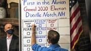 Những cử tri đi bỏ phiếu từ 0 giờ sáng, ông Trump có chiến thắng đầu tiên