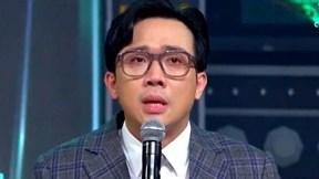 Trấn Thành khóc nức trước tiết mục hướng về miền Trung tại 'Rap Việt'