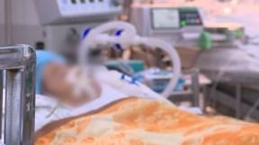 Bé gái 3 tuổi bị mẹ nghi trầm cảm đánh chấn thương sọ não, nguy kịch