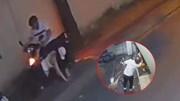 TP.HCM: Thanh niên đánh dập dã man cô gái, cầm mã tấu doạ chém dân