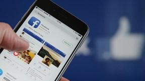 Anh 'cảnh báo' xử nặng Facebook, bạo lực chấn động nhà máy iPhone
