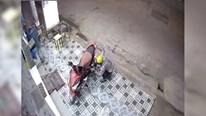 Màn trộm xe máy của nam thanh niên khiến dân mạng phì cười