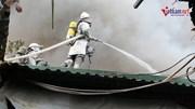 Cháy lớn sát chợ Xanh Linh Đàm, nhiều tiểu thương hoảng loạn, tháo chạy