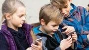 Nguy hại khó lường khi cho trẻ dưới 13 tuổi sử dụng mạng xã hội