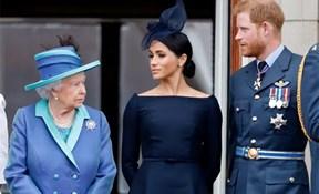"""Nữ hoàng Anh không để cặp đôi Harry - Meghan """"chiếm sóng"""" trên truyền hình"""
