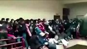 Khoảnh khắc gãy lan can trường học khiến 7 sinh viên tử vong ở Bolivia