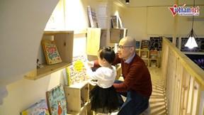 Đi qua hơn 50 nước, người đàn ông đưa tri thức miễn phí về cho trẻ em Việt